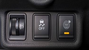 Nissan Note traction control