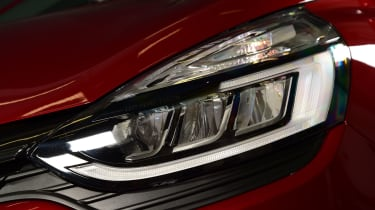 Mk4 Renault Clio lights