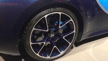Bugatti Chiron Geneva 2016 - tyre