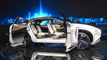 Nissan IMx SUV concept - Tokyo doors open