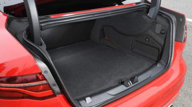 Jaguar XE - boot