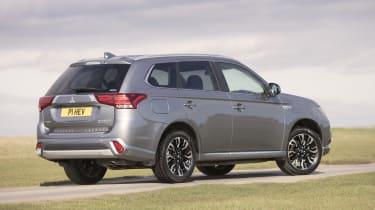 Mitsubishi Outlander PHEV Juro - rear