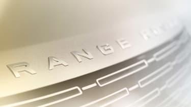 Range Rover teaser 2