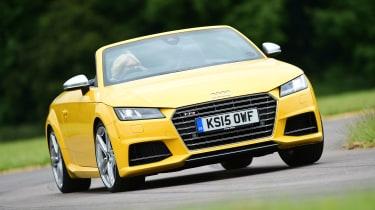Audi TTS Roadster - front cornering