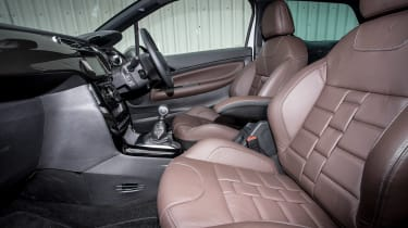 DS 3 - front seats
