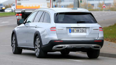 Mercedes E-Class All-Terrain facelift - spyshot 9