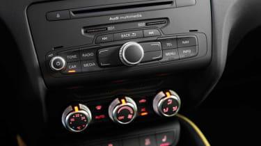 Audi A1 Sportback 1.6 TDI centre console