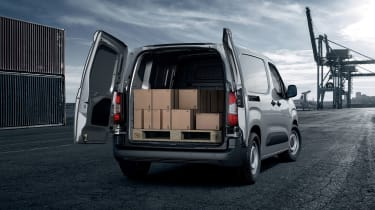 Peugeot Partner - rear loading