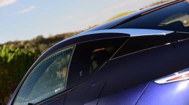 Lexus LC 500h - profile