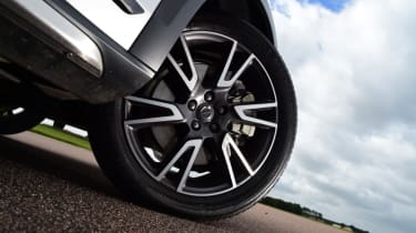 Volvo V90 Cross Country - wheel