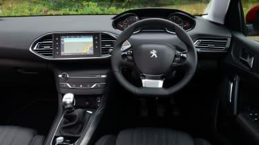 Peugeot 308 SW long termer interior