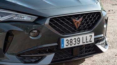 Cupra Formentor e-Hybrid - grille