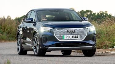 Audi Q4 e-tron Sportback - cornering