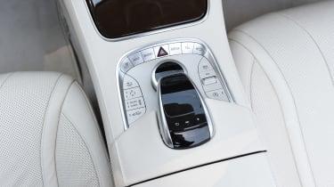 Mercedes S 500 Cabriolet 2016 - centre console