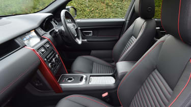 Land Rover Discovery Sport - front seats