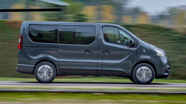 Renault Trafic SpaceClass - side