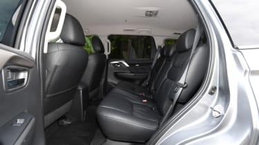 mitsubishi shogun sport rear seat legroom middle row