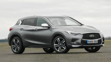 Used Infinti Q30 - front