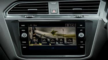 Volkswagen Tiguan Allspace - infotainment