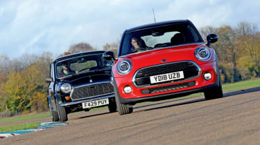 MINI Jet Black vs MINI Cooper 5dr - header