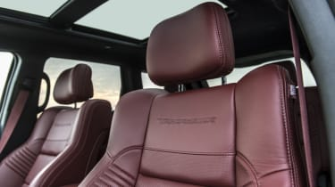 1012bhp Hennessey Jeep Trackhawk front seats