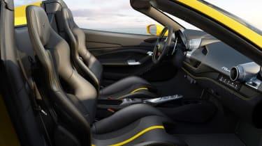 Ferrari F8 Spider - interior
