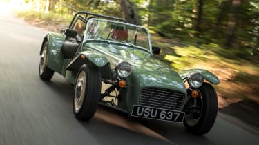 Caterham Seven Sprint - front tracking