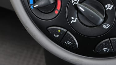 Ford Focus Mk1 - climate control