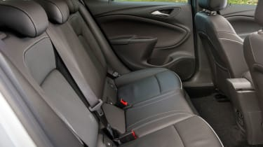 5.Even though the Astra is smaller than its predecessor, it actually offers more space for occupants.