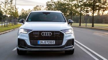 Audi Q7 60 TFSI e - full front