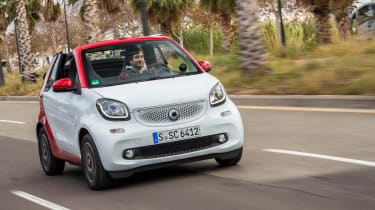 Smart ForTwo Cabrio 2016 - front tracking