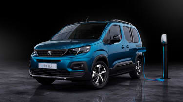 Peugeot e-Rifter - front