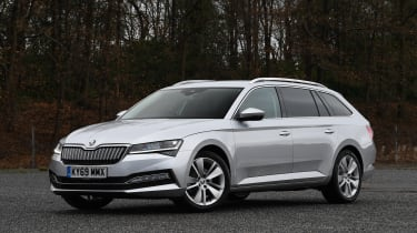 Skoda Superb iV - front static