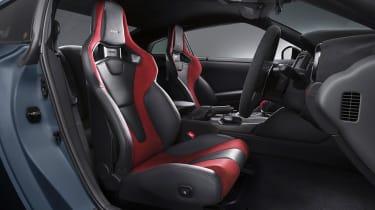 Nissan GT-R Nismo - seats