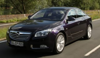 Vauxhall Insignia front tracking