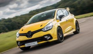 Renault Clio RenaultSport R.S.16 2016 - front cornering