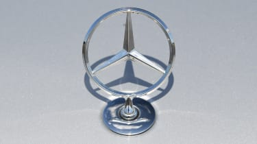 Mercedes S-Class - Mercedes badge