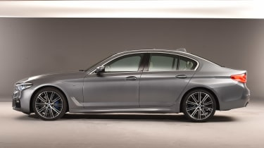 BMW 5 Series - studio side