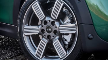 MINI Cooper S 60 Years Edition - wheel