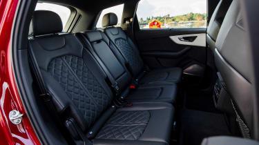 Audi Q7 55 TFSI - rear seats