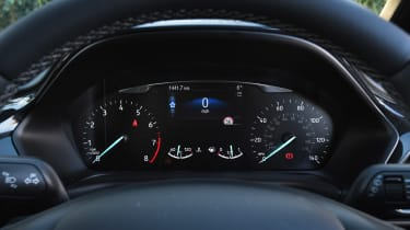 Ford Fiesta Active - dials