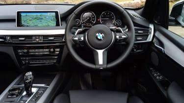 Used BMW X5 - dash