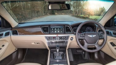 Hyundai Genesis UK 2015 interior