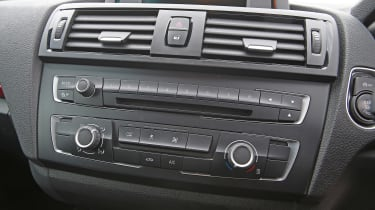 Used BMW 1 Series - centre console
