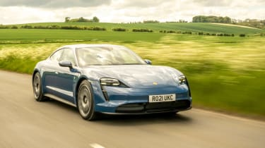 Porsche Taycan RWD - front tracking