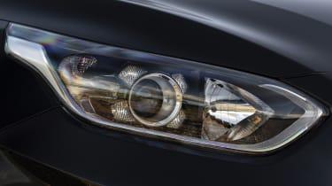 Kia Ceed Sportswgaon - front light