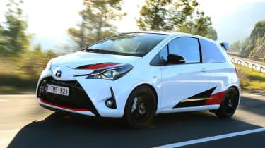 Toyota Yaris GRMN - front action