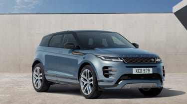 New 2019 Range Rover Evoque front
