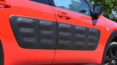 Citroen C4 Cactus review - door
