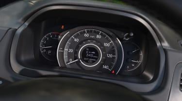 Honda CR-V Black Edition 2016 - dials